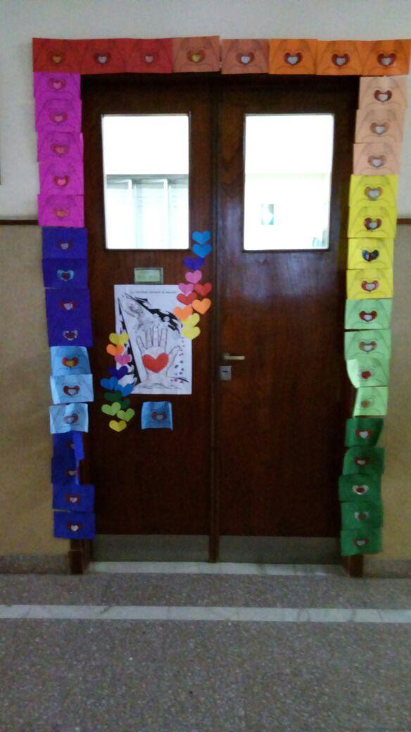 Puertas decoradas para María