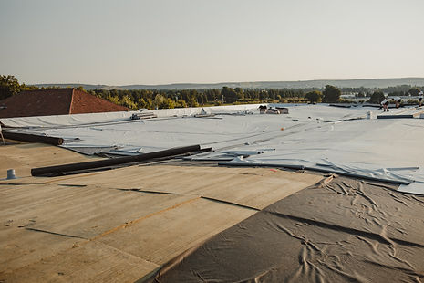 Thermally insulated roof with basalt woo