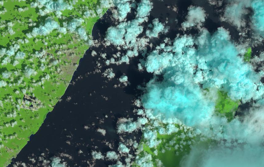 Satellite picture of Playa del Carmen and Cozumel