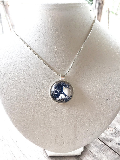 Glass pendant Great Wave (25mm) Silver color