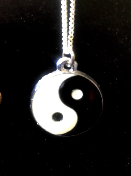 Necklace Ying and Yang