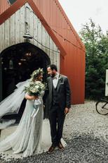 Fun-Mount-Druid-Wedding-by-Bronte-Photog