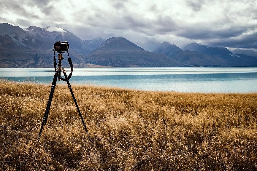 taking-photos-lake.jpg