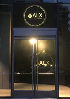 internally illuminated window sign.jpg