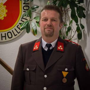 HFM Neumüller Robert