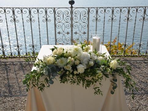 Ceremony table Villa Cipressi Varennna