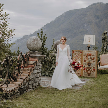 Luxury elopement at Villa Evelina