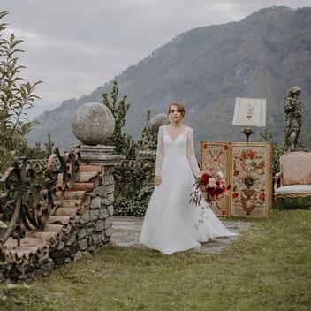 Luxury elopement at Villa Evelina