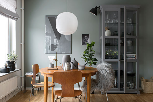 Signs of Spring in Pale Gray Apartment