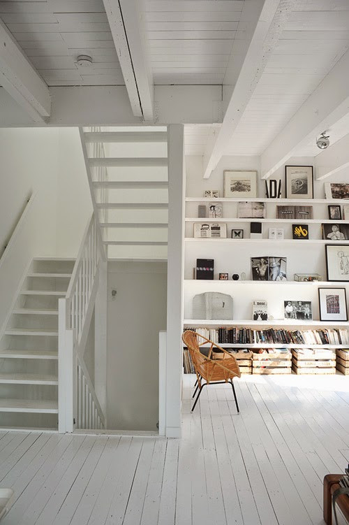 Rough & White Space In Amsterdam