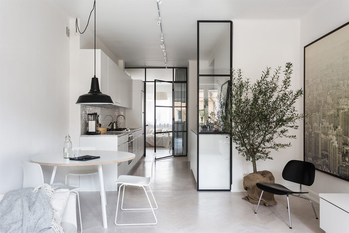 Small & White Apartment