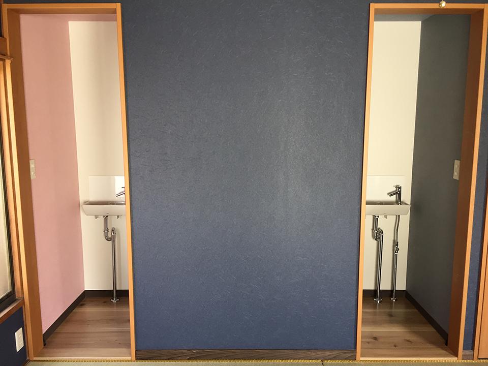 民泊仕様のため収納を改修し手洗付きトイレ2式設置