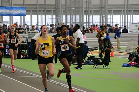 girls 800m indoor.jpg