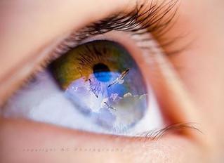 Связь между светом, видением и сознанием
