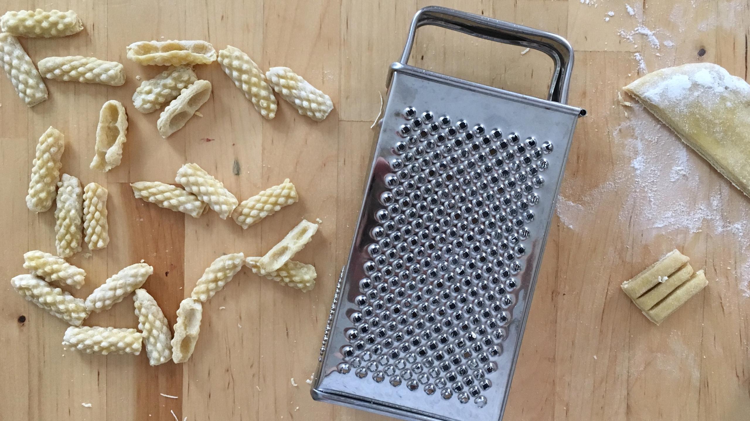 capunti, semolina pasta, handmade pasta, 100 days of pasta