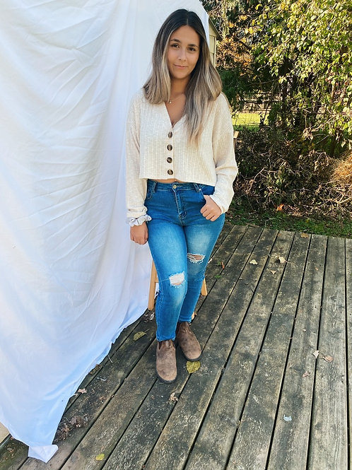 Distressed High Waisted Jeans