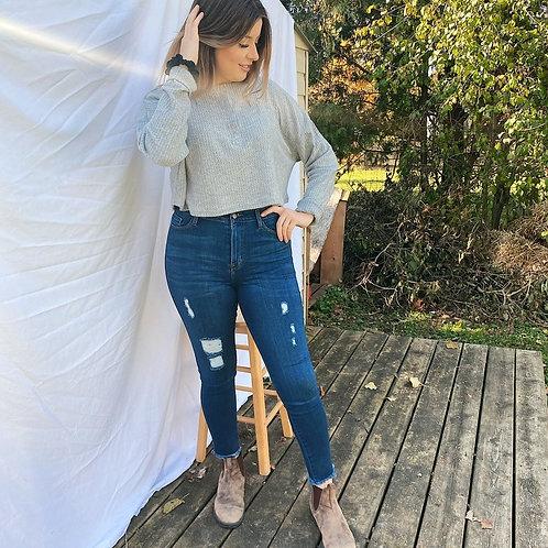 Distressed Ankle Skinny Jean