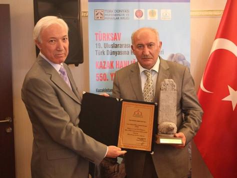 Türk Dünyası Hizmet Ödülü Nursultan Nazarbayev'e Verildi