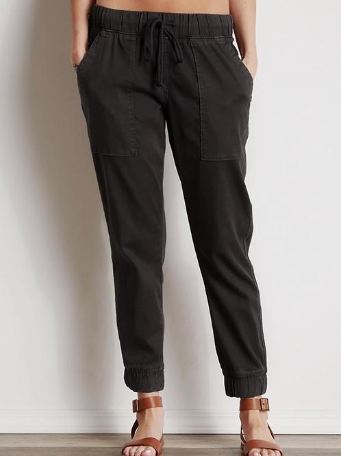 Bella Dahl Pocket Jogger in Black B3675