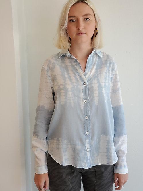 Bella Dahl Easy Button Down in Oasis Blue Tie Dye - B4864-836-888