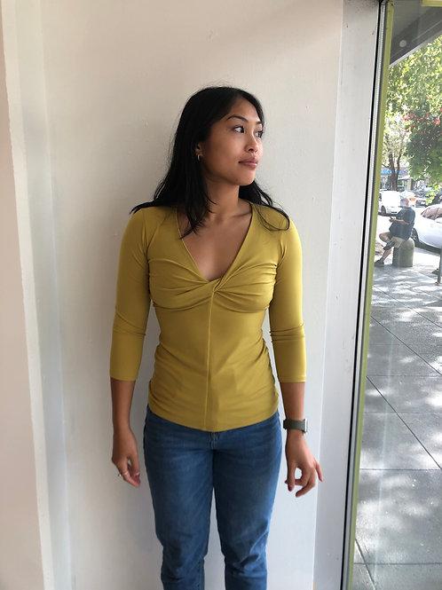Eva Varro Twist Front 3/4 Sleeve Top 12267
