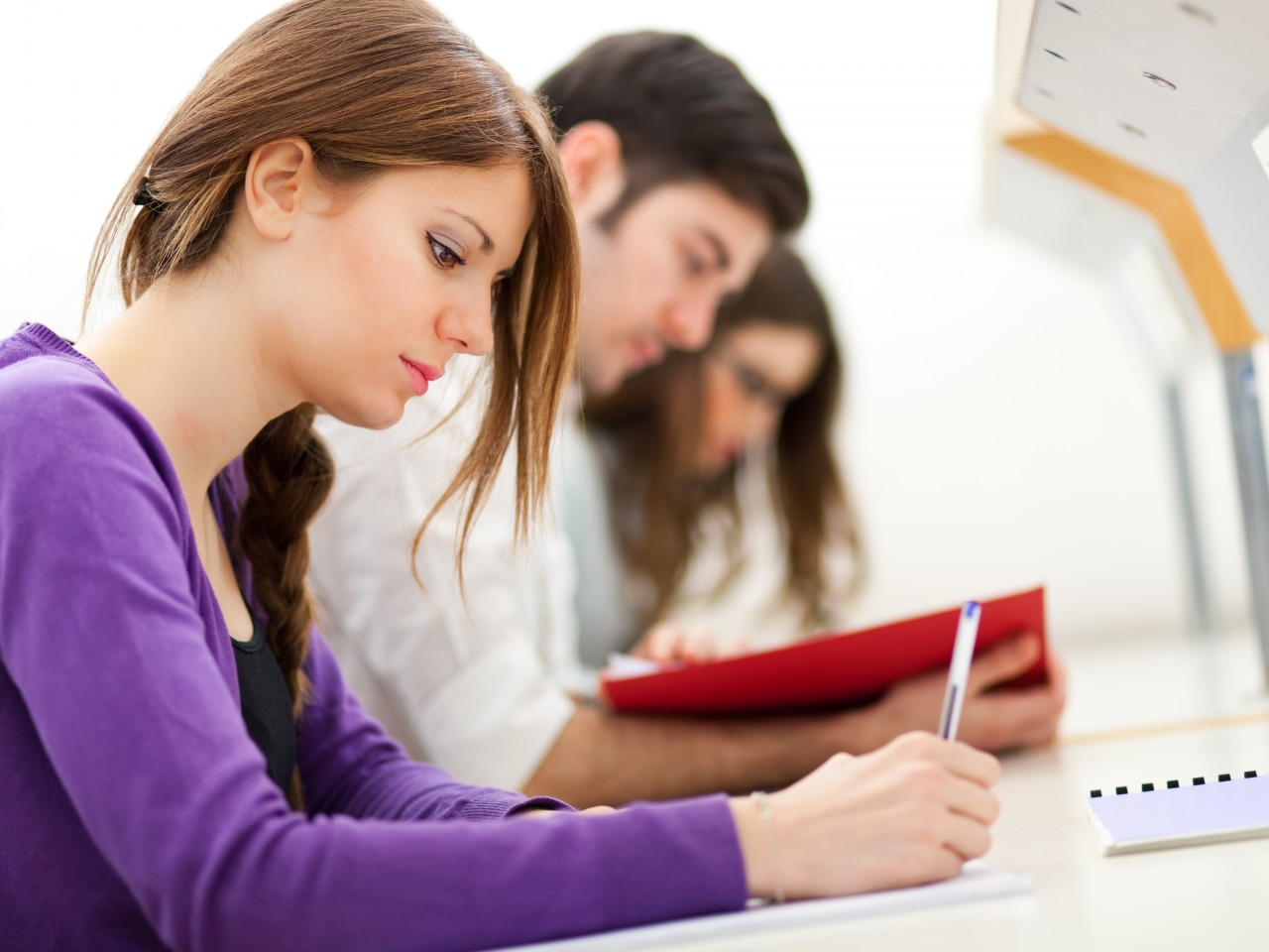 shutterstock_college_students-1280x960