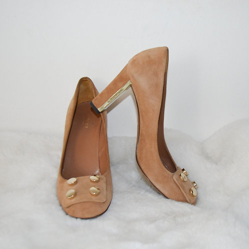 Gucci Beige Suede Shoes with Gold Studs - Size 37.5