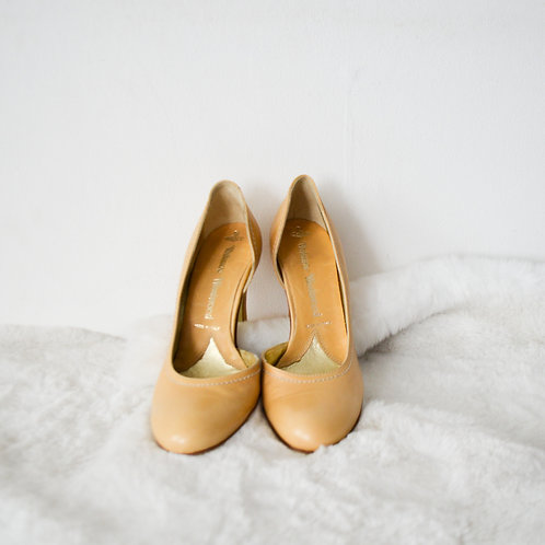 Vivienne Westwood Beige Round Toe Leather Shoes - Size 35.5