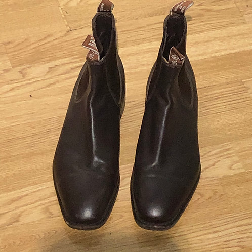 RM WILLIAMS CHELSEA BOOT  Size UK 10.5