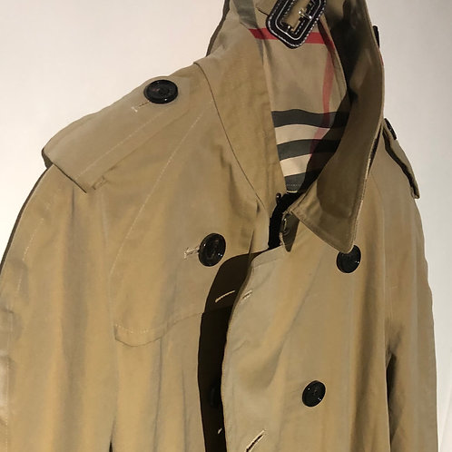 Burberry Mans Trench Size XL