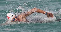 اختتم أوليفييه وكونا الجولة الافتتاحية بانتصارات مثيرة في بطولة العالم للسباحة في المياه المفتوحة