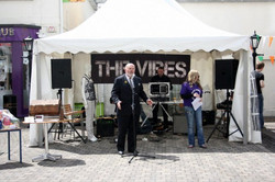 Senator David Norris at Coffee in the Courtyard for Cystic Fibrosis