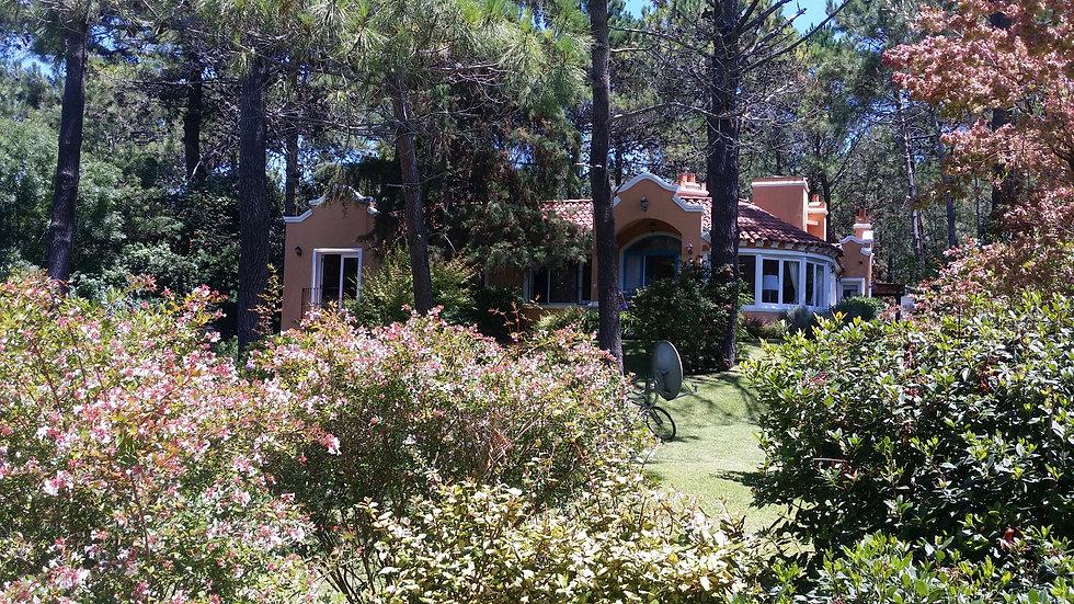 Hermosa casa estilo colonial