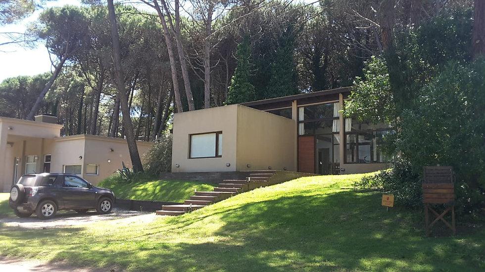 Moderna y hermosa propiedad