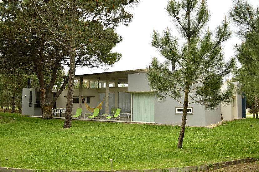 Excelente y moderna casa en la Herradura