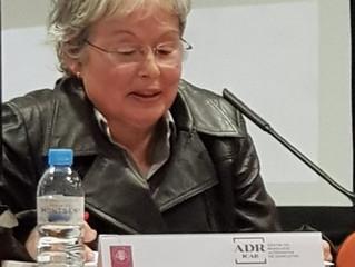 Núria Villanueva ponent ala Jornada Formativa ADRs 7X7 Coordinació Parentalitat ICAB Barcelona 9 04