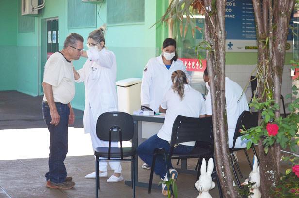 Campanha da gripe inicia com 4 grupos prioritários; idosos serão vacinados em outra fase