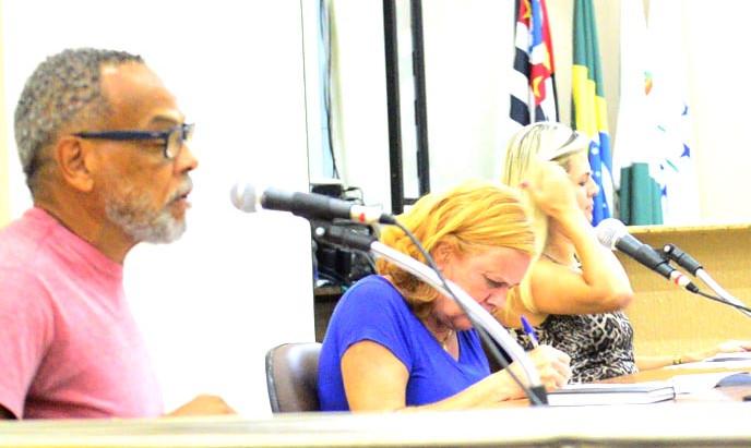 Neu expõe ineficiência das Comissões da Câmara