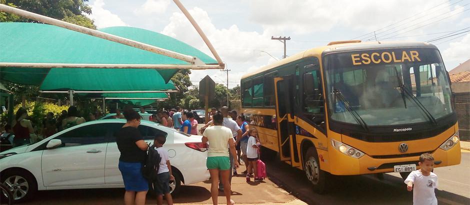 Promessa de campanha, transporte urbano de alunos é retomado por Ricardo