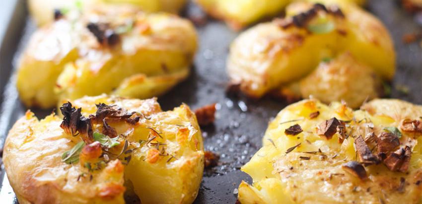 Batatas assadas ao alho