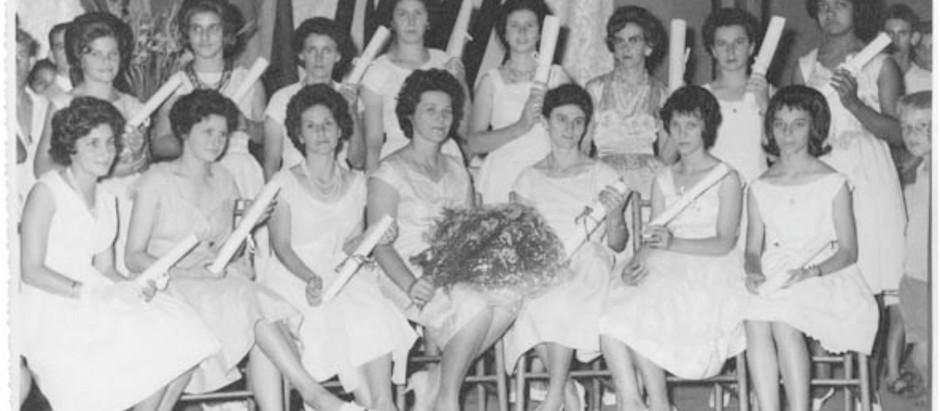 Formandas do curso de corte e costura (1962)