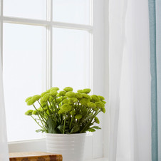 How to Start Decluttering Your Home For Spring