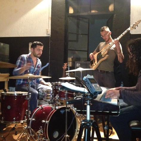 Delorean Trio