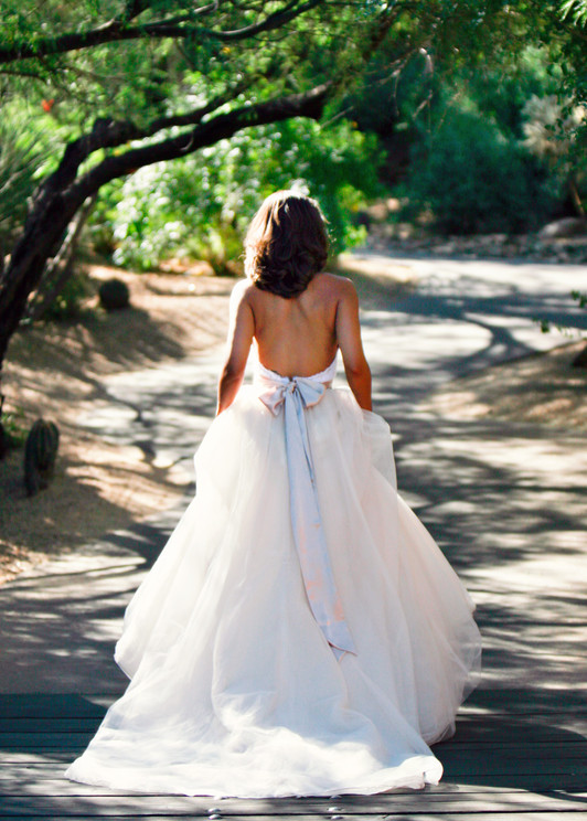 0304_wedding_gown_bride_long_train_bridal_scottsdale_photographer_jennifer_bowen.jpg
