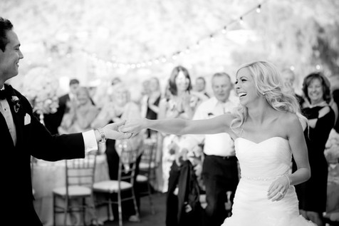 wedding photos paradise valley country club, scottsdale, arizona, wedding locations, country club weddings, bride and groom, jennifer bowen photographer, first dance photos, black and white