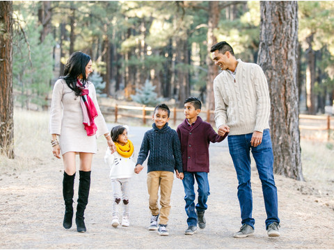 Thosani Family - Holiday Portraits in Flagstaff, AZ