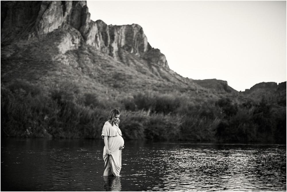 pregnancy maternity photo - saguaro lake in arizona