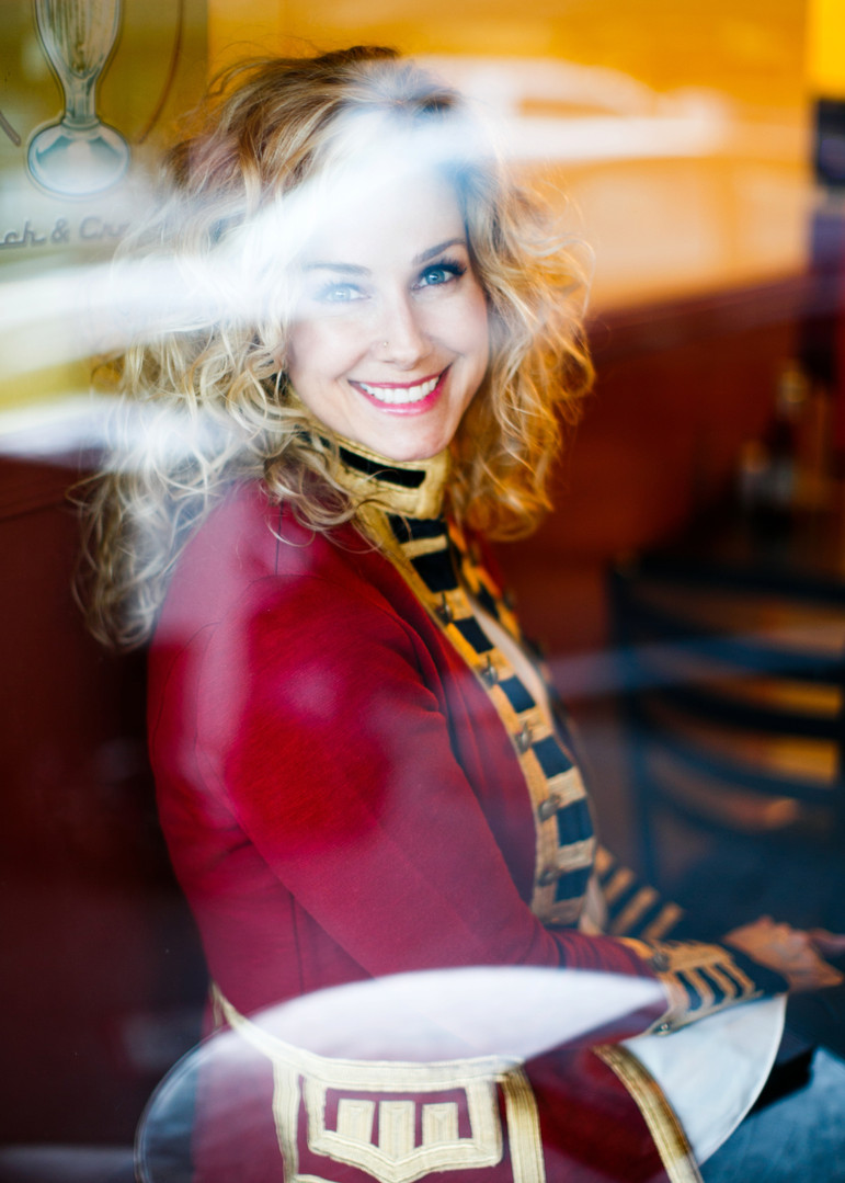 creative business & lifestyle portraits in phoenix