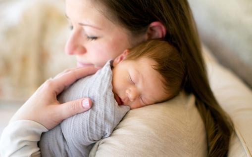 newborn_photographer_scottdale_arizona_jenniferbowen.jpg