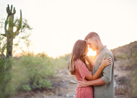 009_desert_sunset_arizona_engagement_ses
